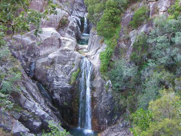 Cascatas em Portugal - As mais bonitas para banhos