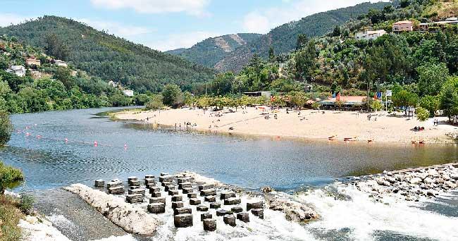 Praia fluvial Palheiros Zorro